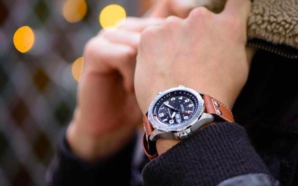 ハミルトンメンズ 20代、30代男性にお勧めのハミルトン腕時計TOP5