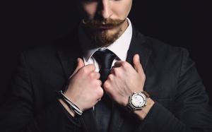 シンプルさとコスパの高さが魅力!ドイツの時計ブランド3選