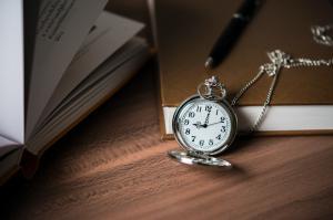 時計はどうやって作るの?時計の歴史とその仕組みを学ぼう!